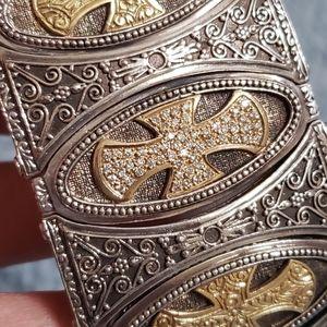 Konstantino Diamond, 18k gold and Silver Cuff Brac